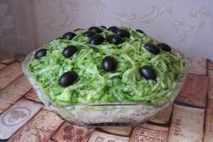 приготовить салат венеция