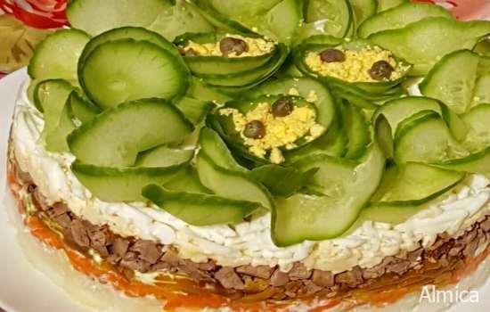 Салат мясной слоёный